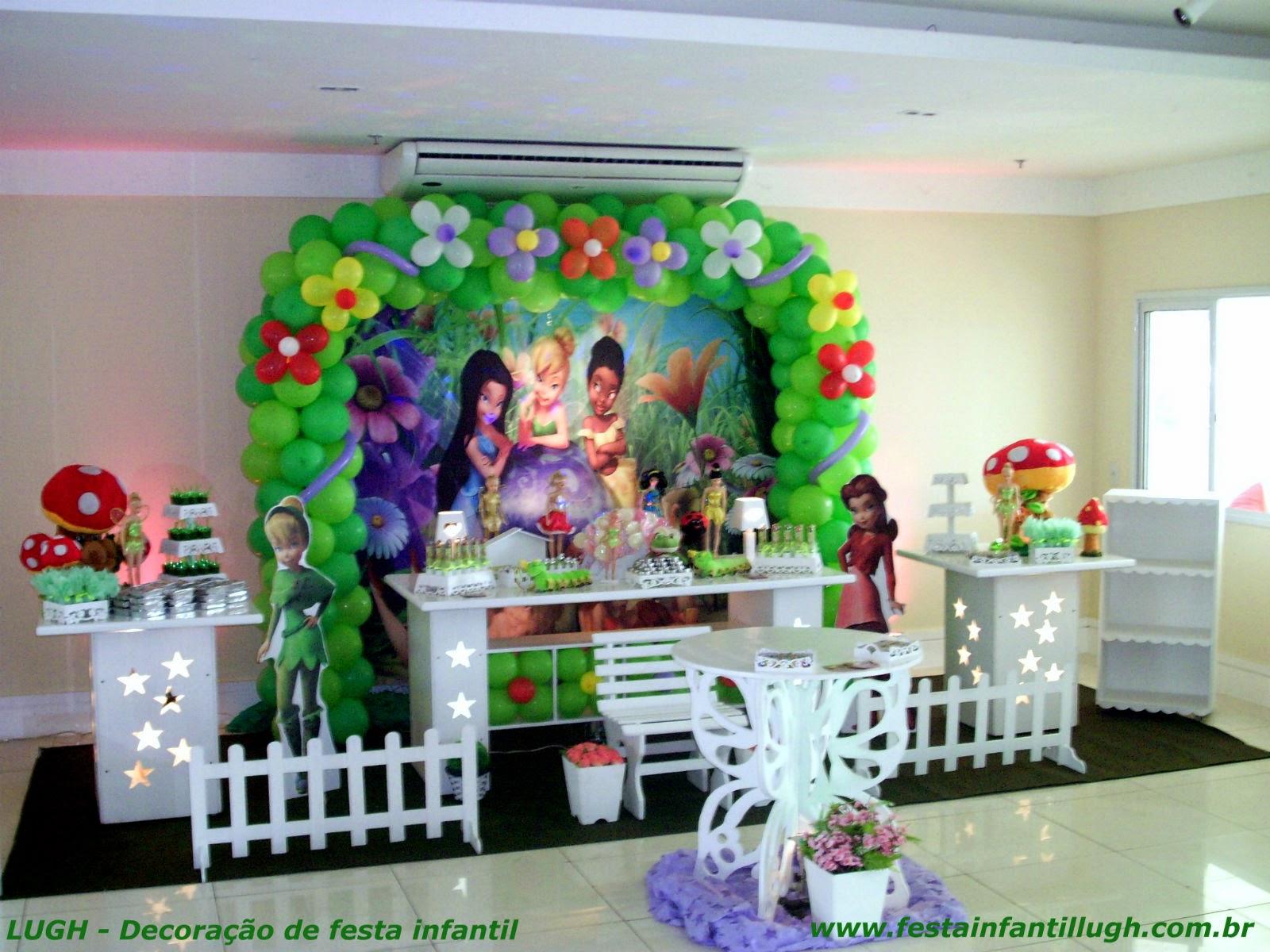 Decoração com mesa provençal para festa temática de aniversário infantil