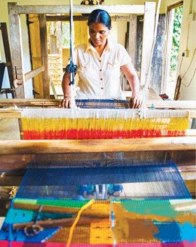 スリランカの織機(英語:loom).