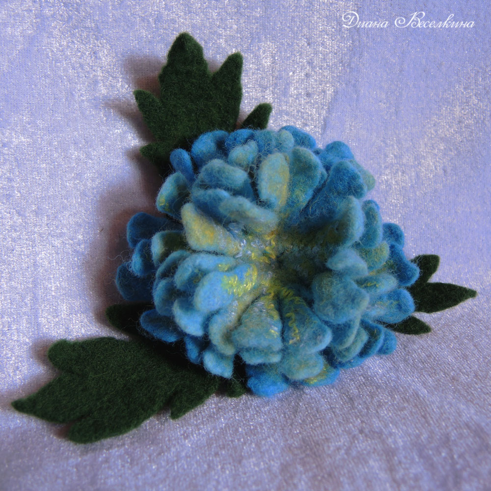 brooch flower valyany