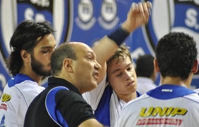 Amanhã as 8 00hs o Pinheiros e Brasil no mundial de clubes no Qatar. O time  brasileiro vai pra cima do AL-SADD LIB em busca da classificação para as  finais. 63604a19703af