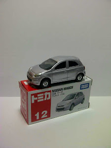 Tomica Nissan March (1:64)
