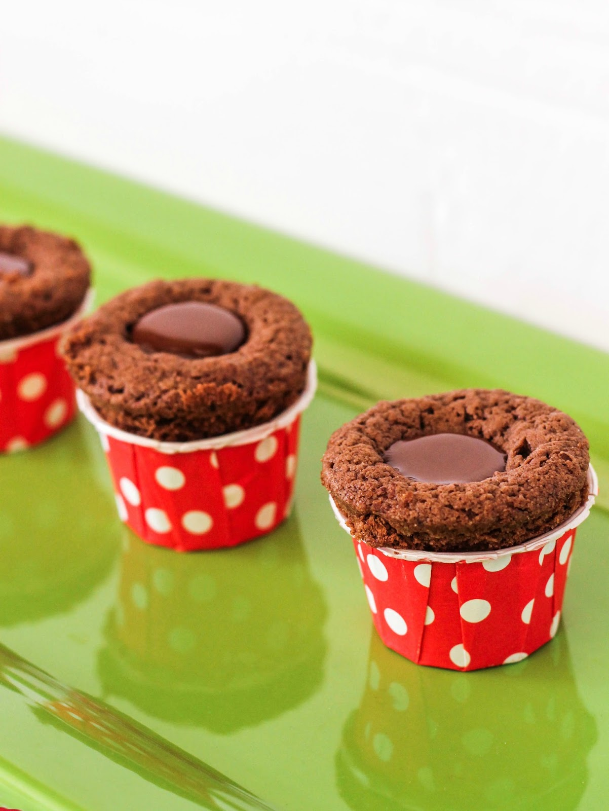 ... chocolate cookies paired with creamy mint truffles. These cookie cups