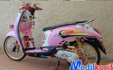 motor kesayangannya seperi honda beat atau dari motor yamaha
