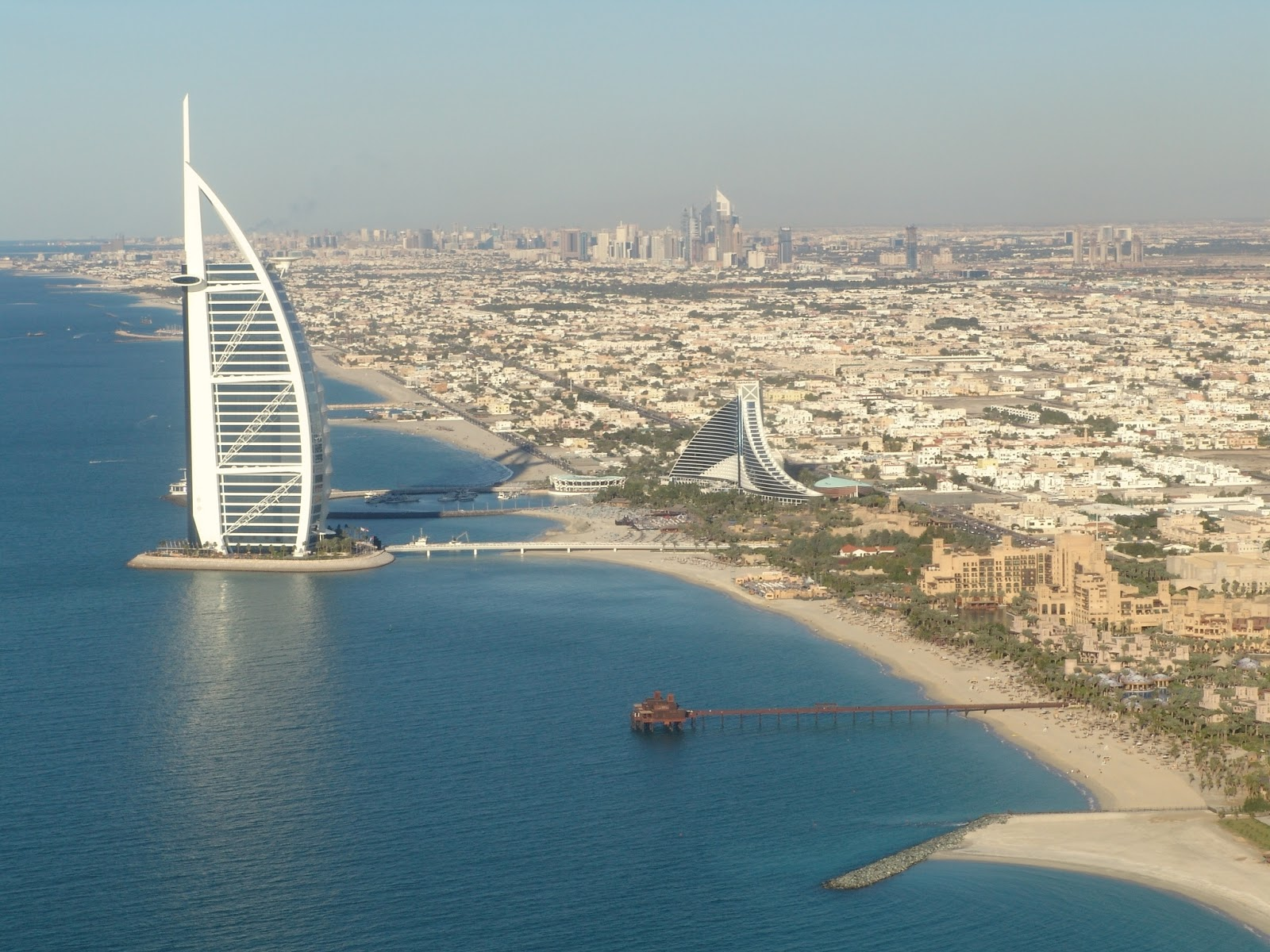 Burj al arab dubai travel info and travel guide for Burj arab dubai