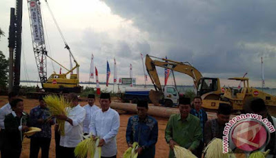Kotabaru Bangun Jembatan Terpanjang Di Indonesia