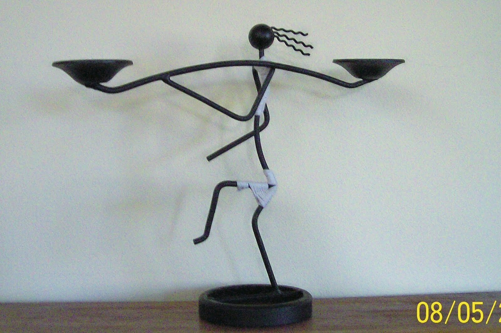Enhierroymadera portavelas doble figura de hierro - Portavelas de hierro ...