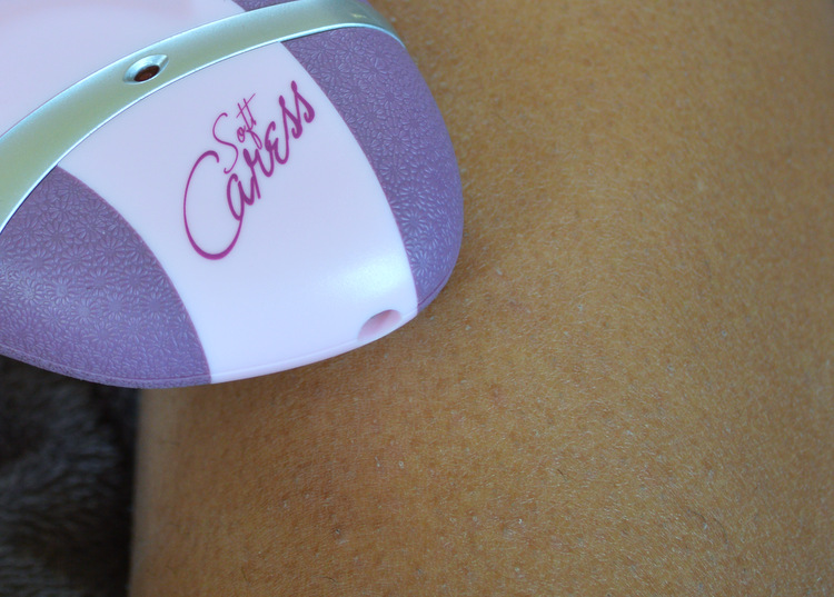 Emoji Soft Caress epilator logo