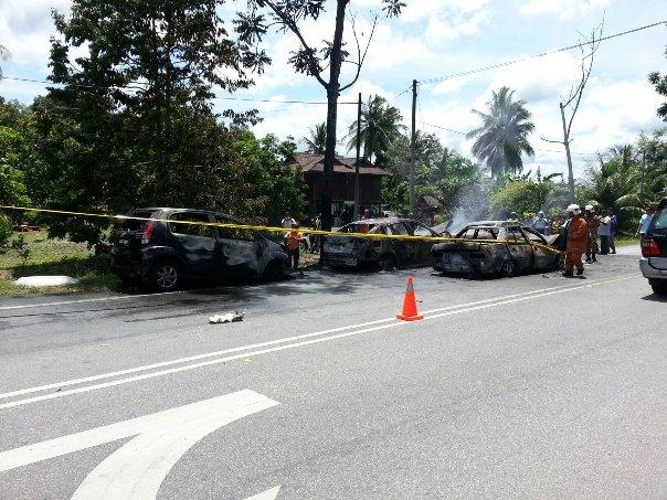 Gambar  Video Kebakaran 4 Buah Kereta Di Perlis 26 Mei 2013
