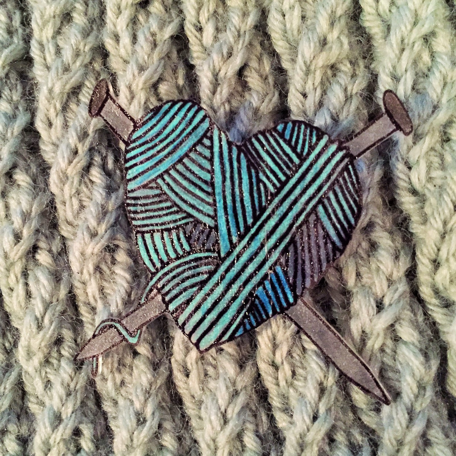 Knitting brooch