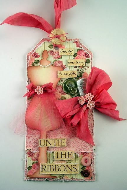 http://www.suzzstampingspot.blogspot.com/2013/11/untie-ribbons.html