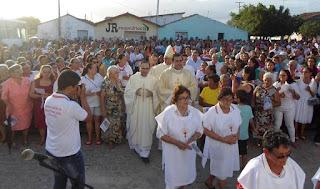 Missa campal reúne diversos Católicos em Baraúna no encerramento da Festa da Padroeira
