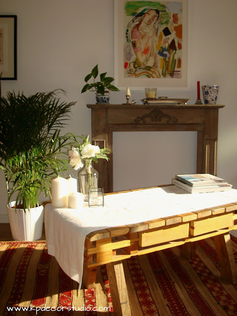 como hacer mesa de palet, mesas de palet hechas a mano comprar online, decorar mesa con flores