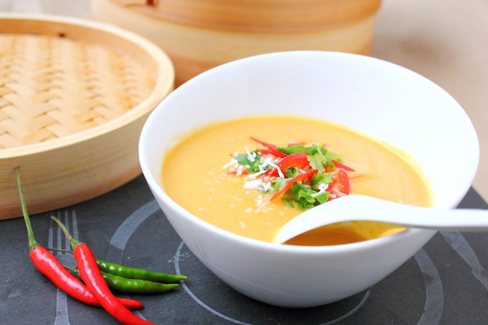 Le march de sophie soupe tha courge curry et lait de coco mijoteuse - Soupe potiron lait de coco curry ...
