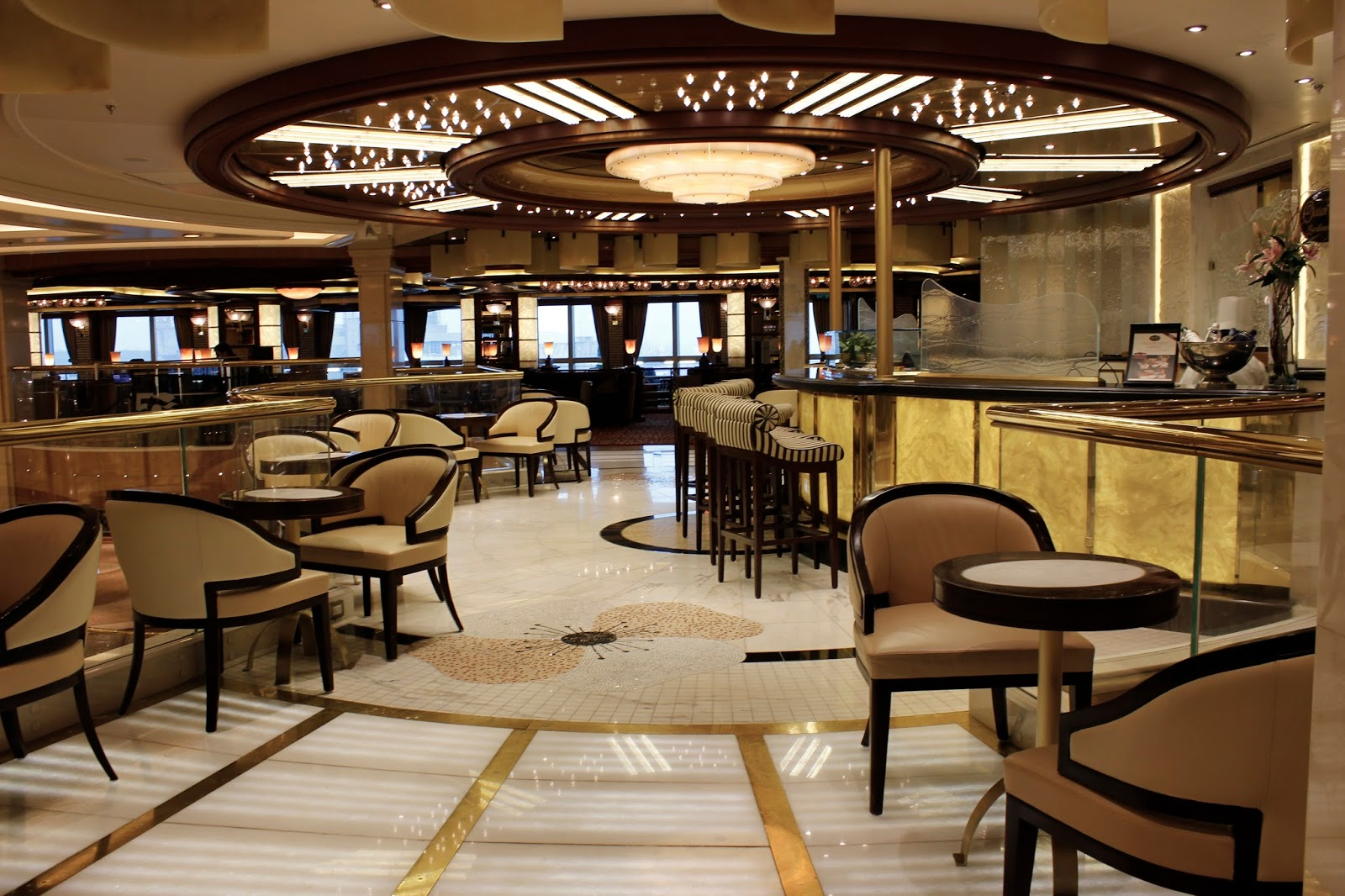 The Royal Princess Cruise Ship - Bar