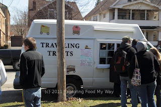Cakes Plus/Traveling Treats Food Truck