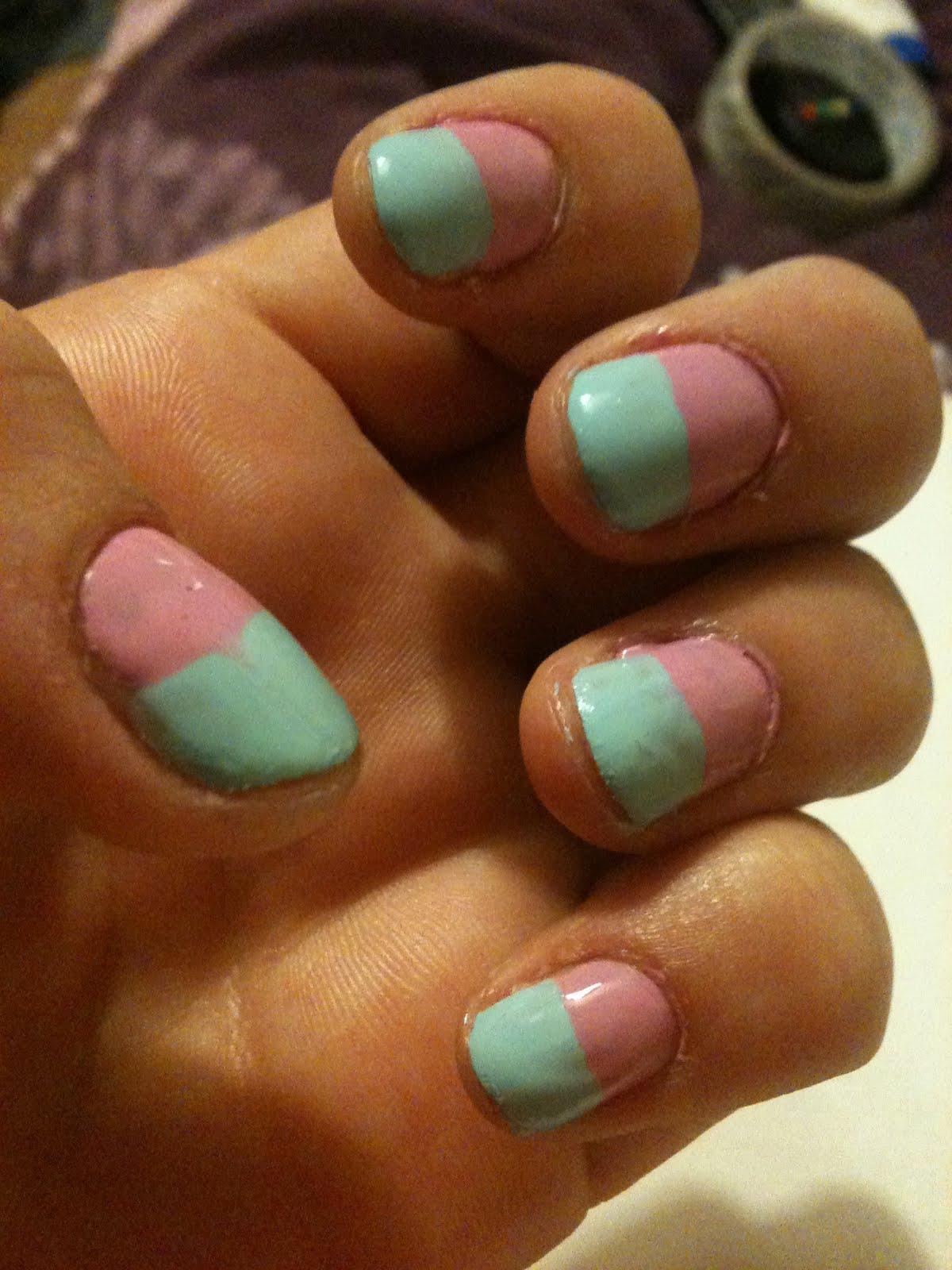 Little Spotty Dress: nail art.. gone wrong (: