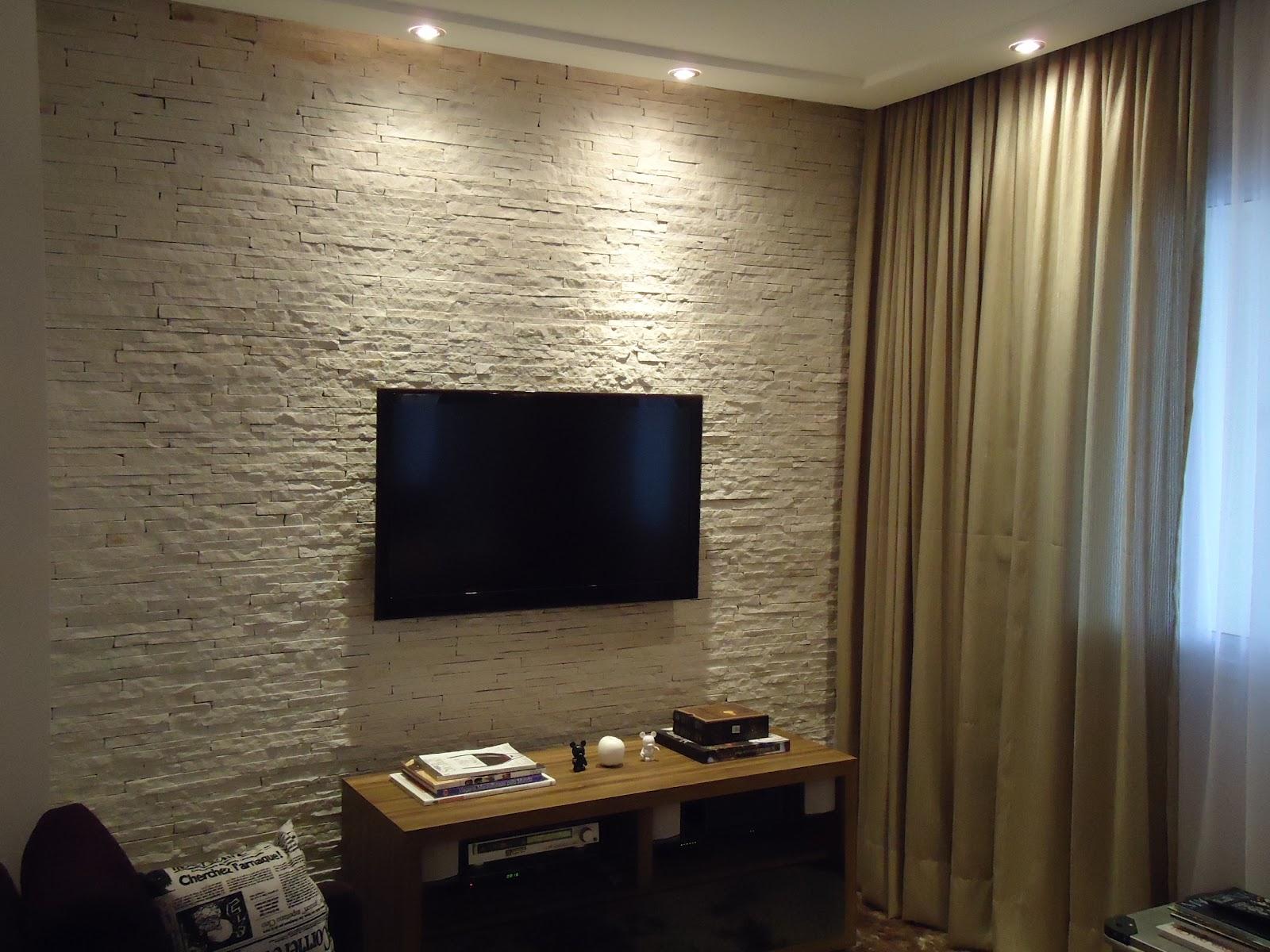 #2866A3  de forma que fiquemdirecionadas para a parede ajudam a destacar e 1600x1200 píxeis em Decoração De Sala De Tv Na Parede