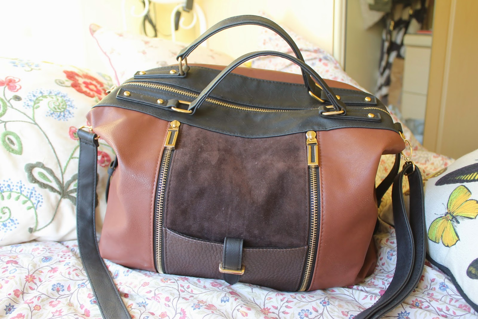 New Look 70s tan bowler bag