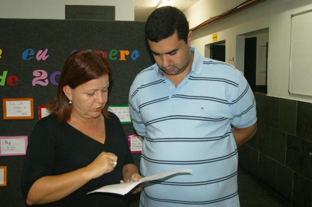 No CEHPT, em Fátima, a Diretora Claudia Ventura recebe o secretário Leonardo Vasconcellos