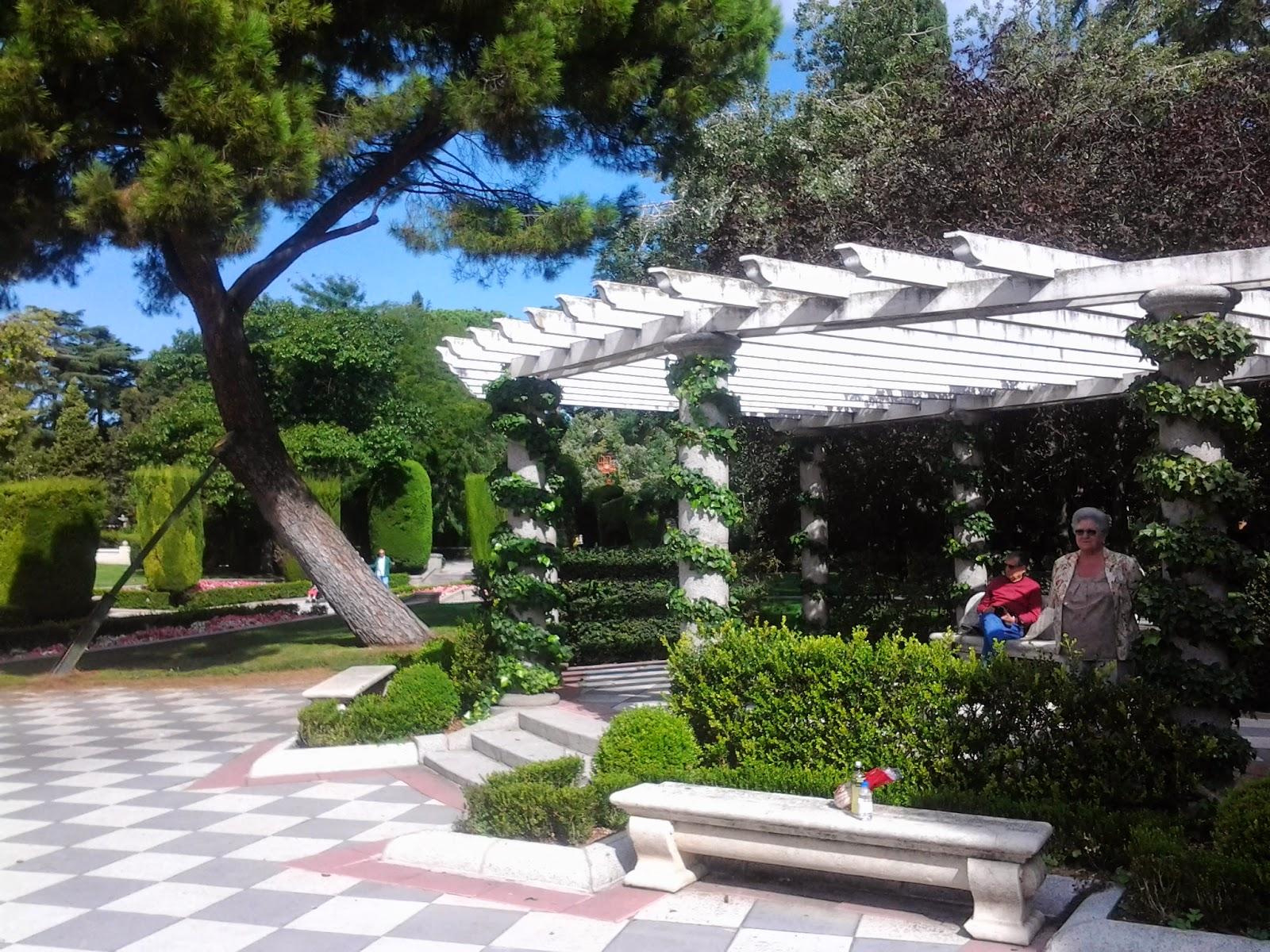Madrid con encanto octubre 2014 - Pergolas para jardines pequenos ...