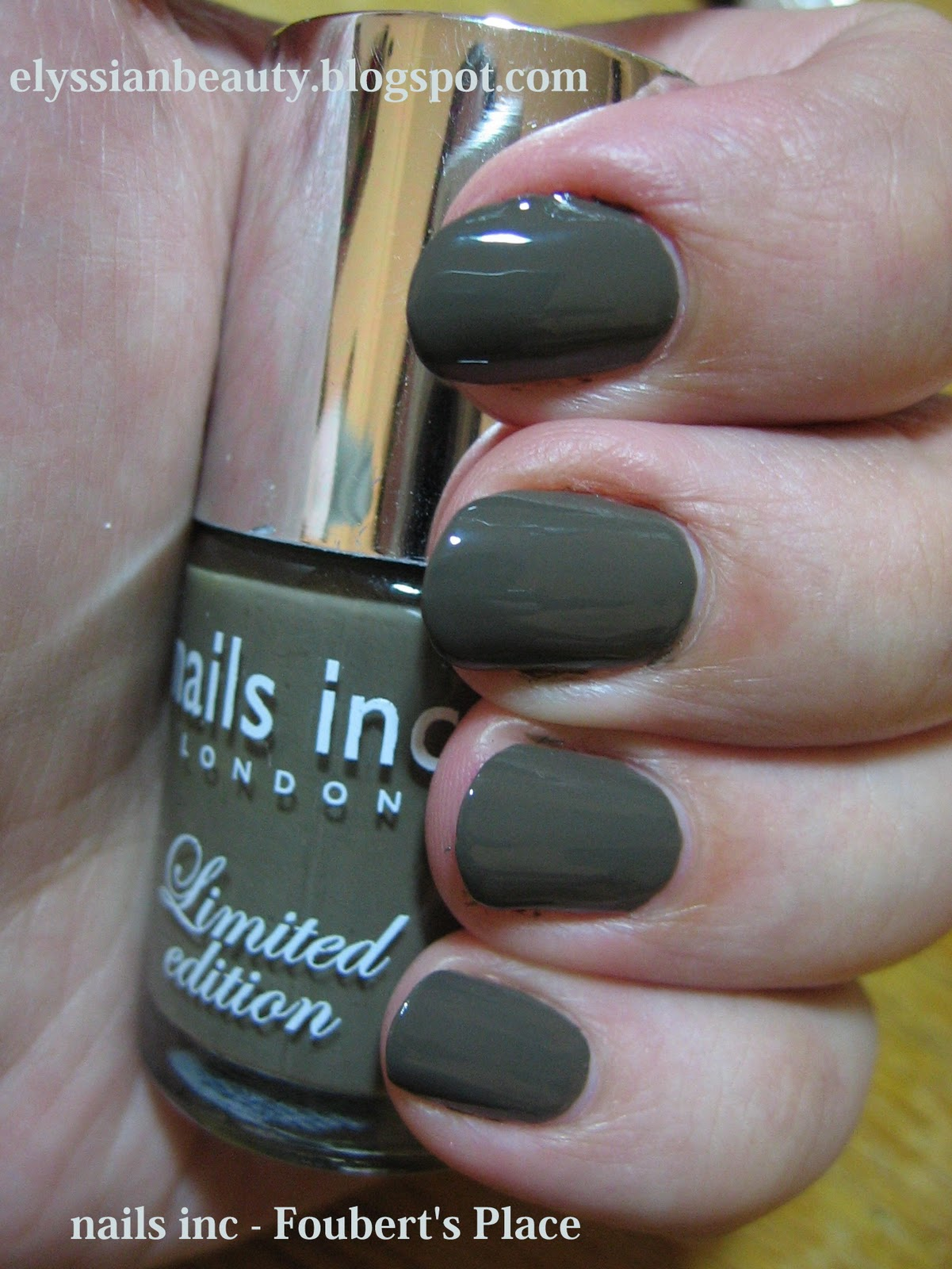 This blog has moved: Cool Dark Green: Nails Inc - Foubert\'s Place
