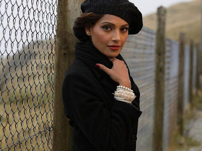 Bipasha Basu Glamorous For Players