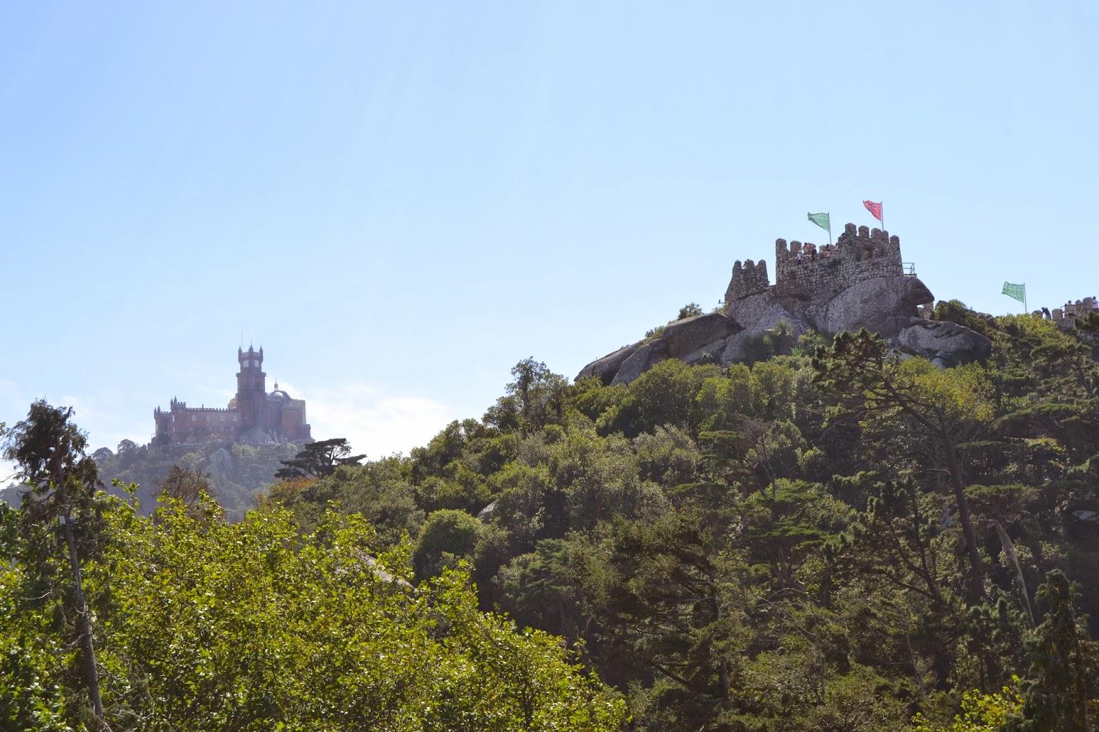 Castelo dos Mourtos - De Mochila pela Europa! Viviane Rodrigues
