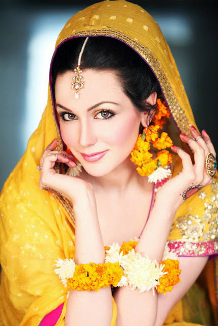 277730252Cxcitefun aisha linnea bridal mehndi 7 - Top Celebrity Fashion