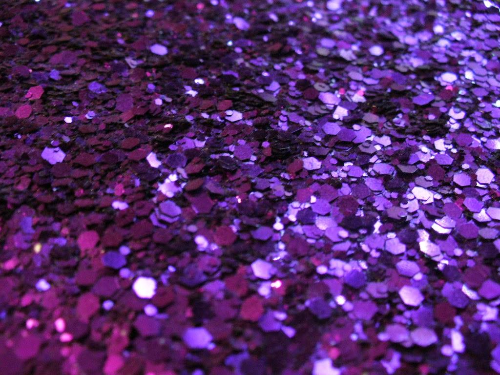 gallery wallpaper glitter