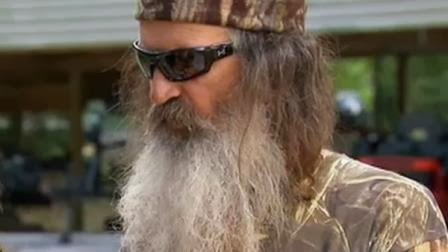 "Duck Dynasty"" patriarch Phil Robertson will return to work on A&E's"
