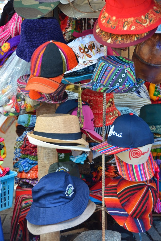 Souvenir Market Aguas Calientes