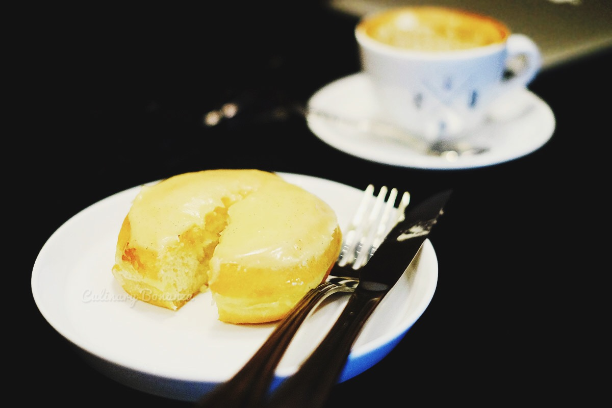 Bali Vanilla Glaze Dopenuts (www.culinarybonanza.com)