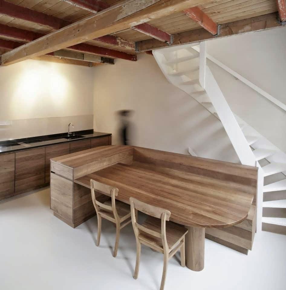 Classic with minimalist design interior make old house for Vintage minimalist interior design