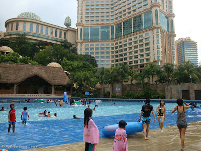 Sunway Lagoon - Swimming Pool Photo 15