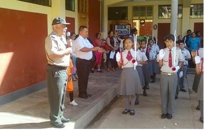 policías escolares amarilis