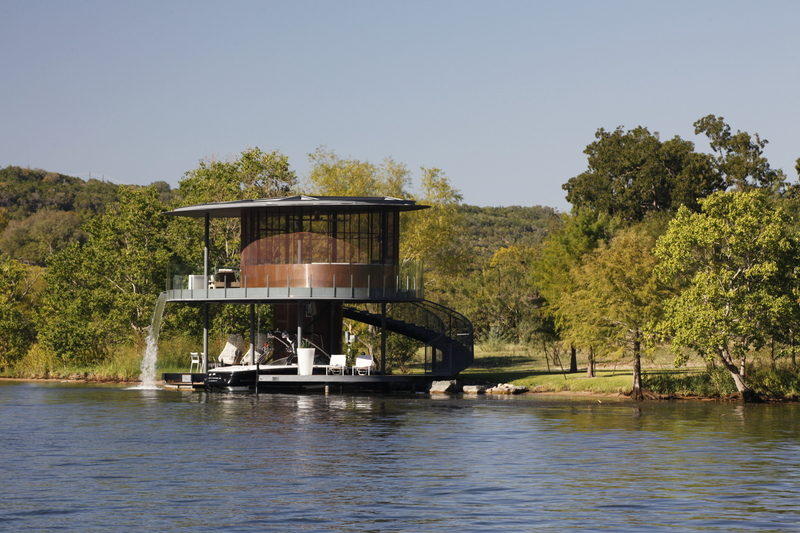 12-Bercy-Chen-Studio-LP-Architecture-Residential-Houseboat-with-Waterfall-www-designstack-co