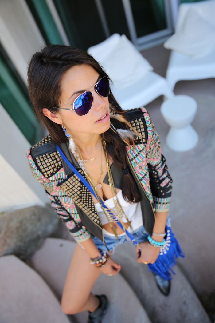 Vivaluxury fashion blog by annabelle fleur my coachella for Ray ban verre bleu miroir