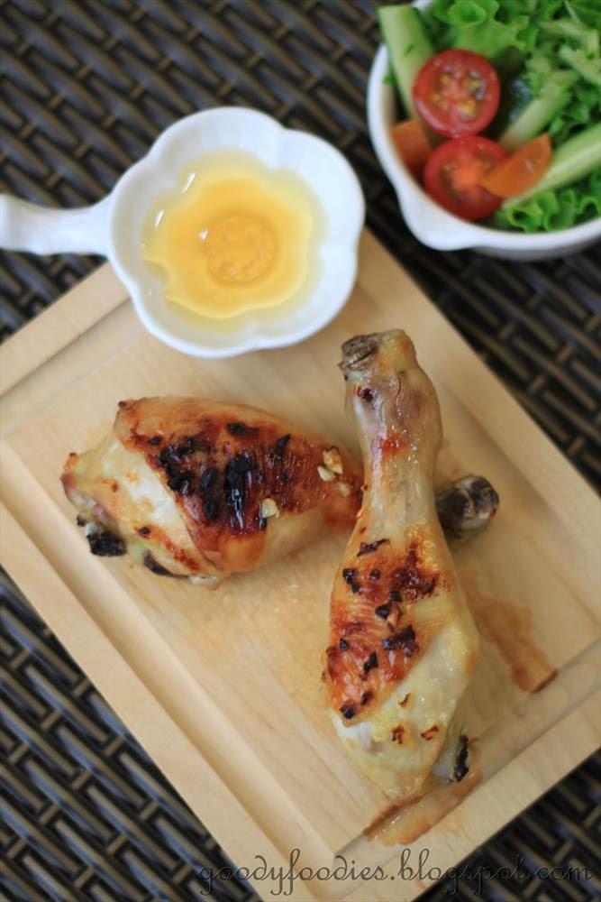 GoodyFoodies: Recipe: Honey Lemon Chicken Drumsticks + Thighs
