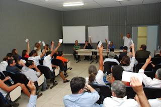 Membros do Conselho Municipal de Saúde elegem novo colegiado