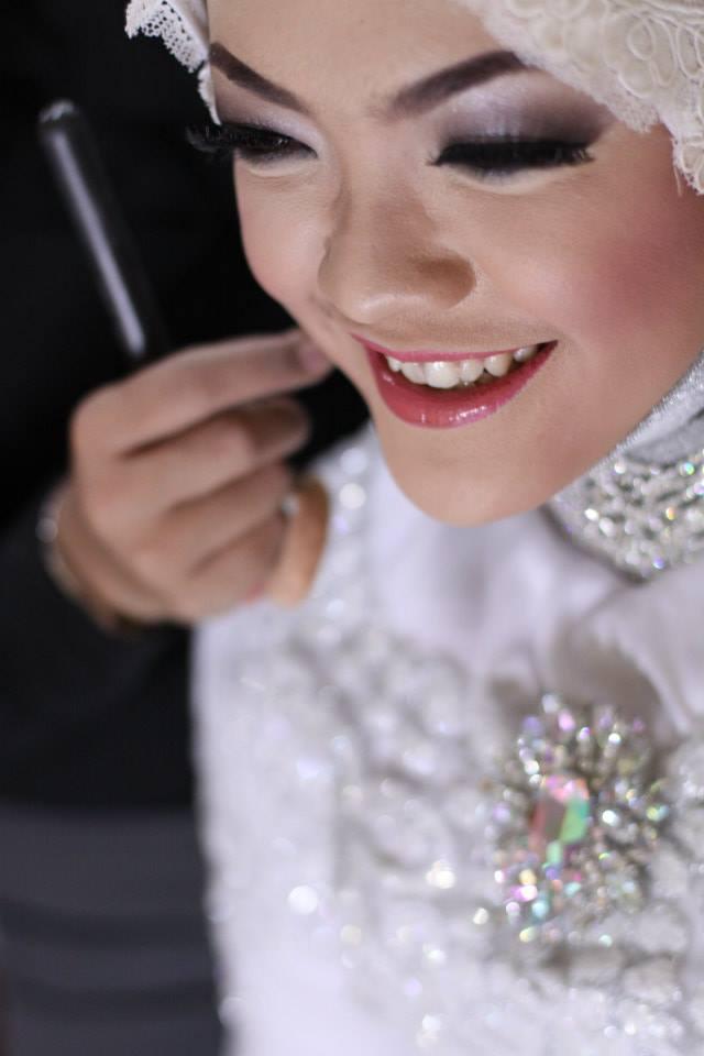 Kemenakertrans wedding dresses