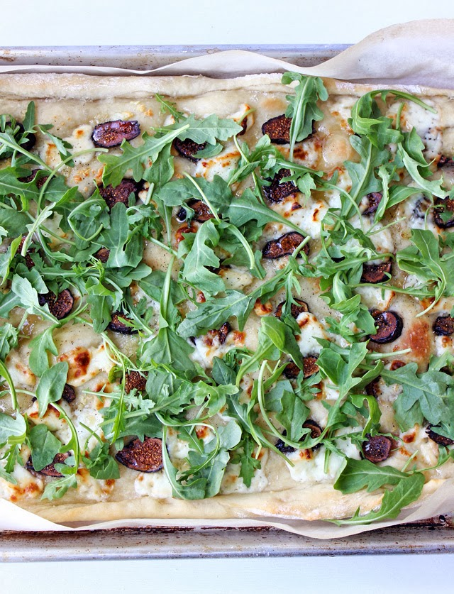 Pizza with Arugula and Dried Fig, Landmark Creamery, Wisconsin, Pizza Recipes, Crescenza di Bufala