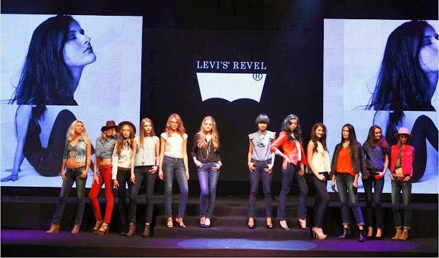 Levi's Revel Shaping Jeans, shaping jeans, levi's, levi's revel, jeans, model, fashion show