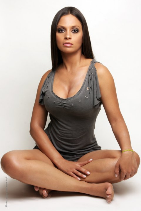 Sandra Model Is 18 http://venezuelanactresses.blogspot.com/2012/02/sandra-martinez.html