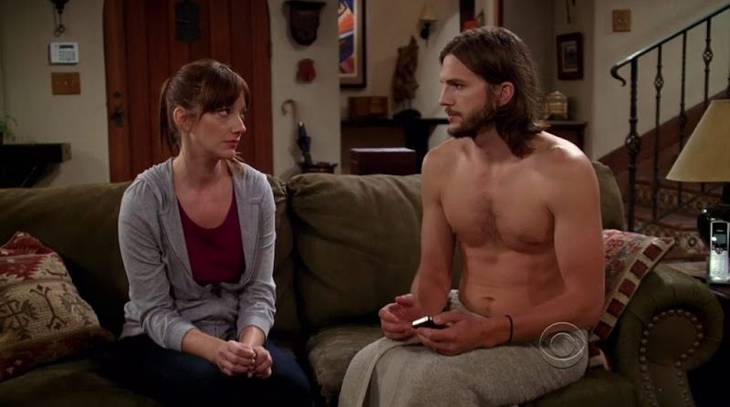 Ashton Kutcher Shirtless in Two and a Half Men s9e02