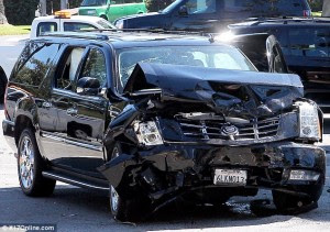[PHOTOS] : P.Diddy injured in serious car crash, SUV jeep crushed