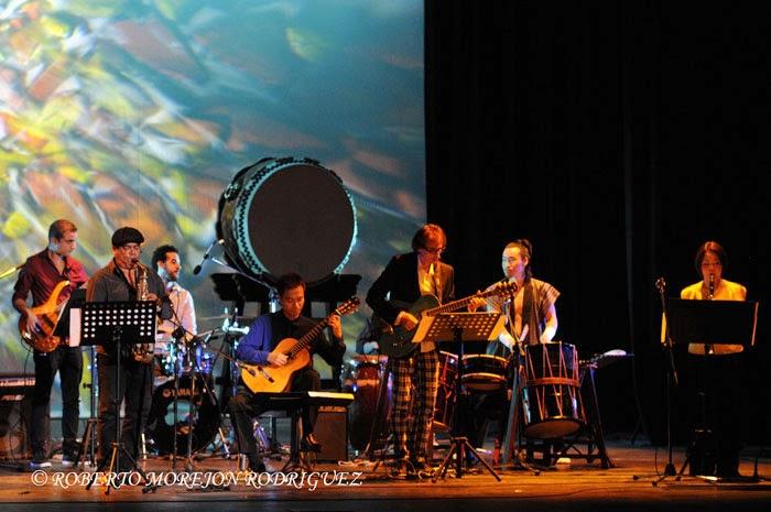 Presentación de Habana Ensemble, de Cuba y Ensemble El Velero, de Japón,  en la gala artística en ocasión de la celebración de los 400 años de amistad entre ambas naciones, realizada en el Teatro Martí, en La Habana, el 3 de octubre de 2014