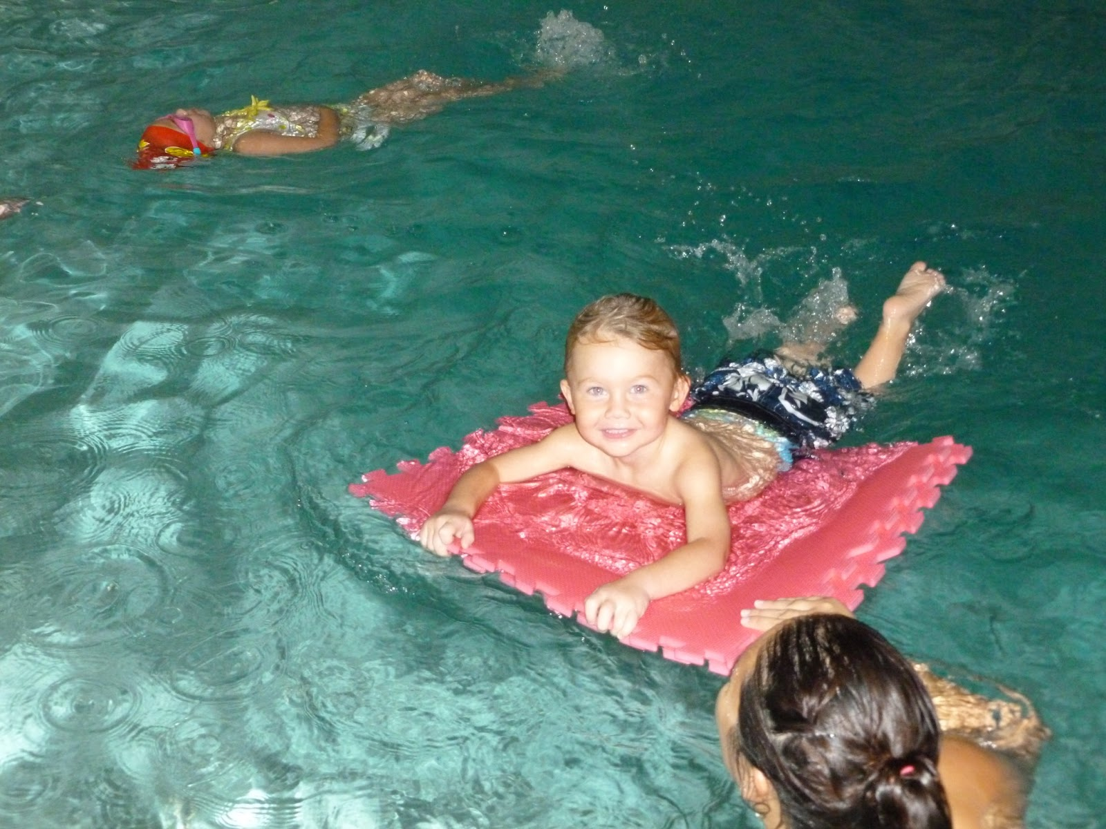 Deep blue swim school toddler swimming lessons near seal beach ca