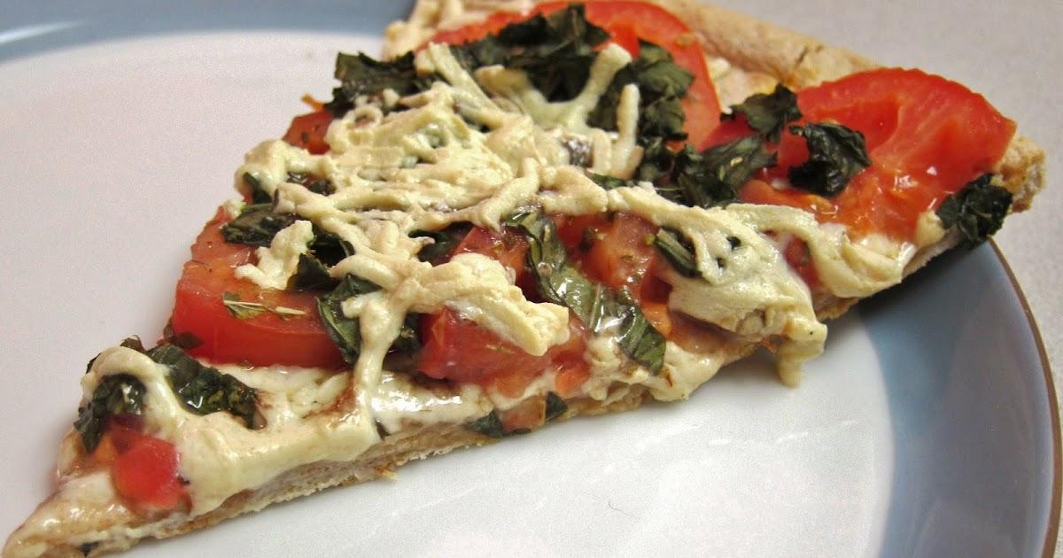 The Vegan Chronicle: Tomato-Basil Pizza