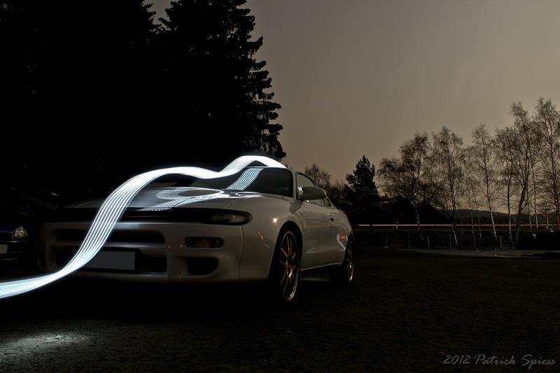 Toyota Celica ST185, kultowy sportowe auto, AWD, 3S, biała, znane sportowe samochody, japońska motoryzacja, nocne fotki