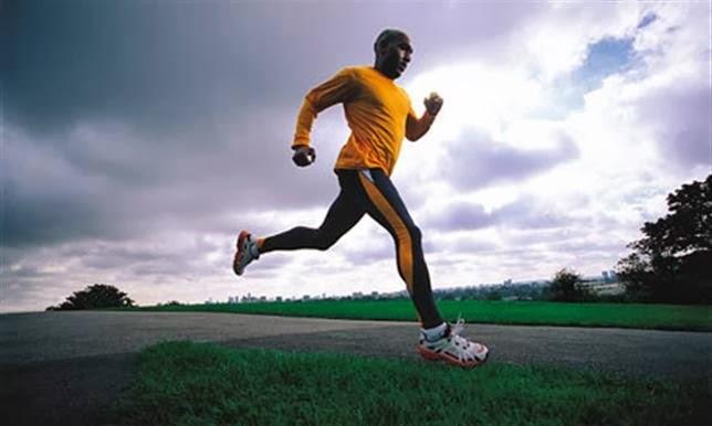 تمارين رياضية ، رجل يجرى ، ألعاب رياضية ، الجرى ، ممارسة الرياضة